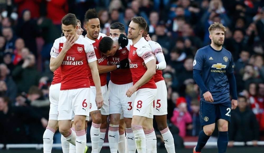 Özet - Arsenal, Manchester United engelini geçti!