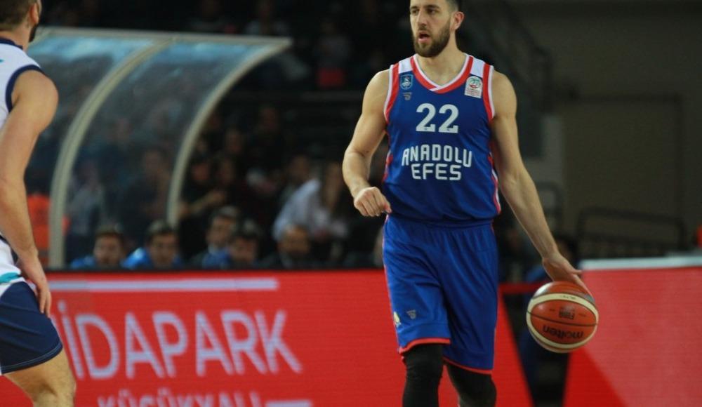 Anadolu Efes, deplasmanda Türk Telekom'u 84-76 yendi