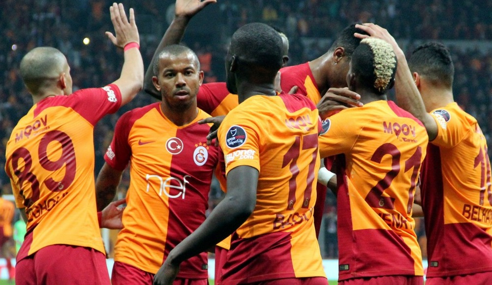 Galatasaray'daki ayrılık o ismin transferine bağlı