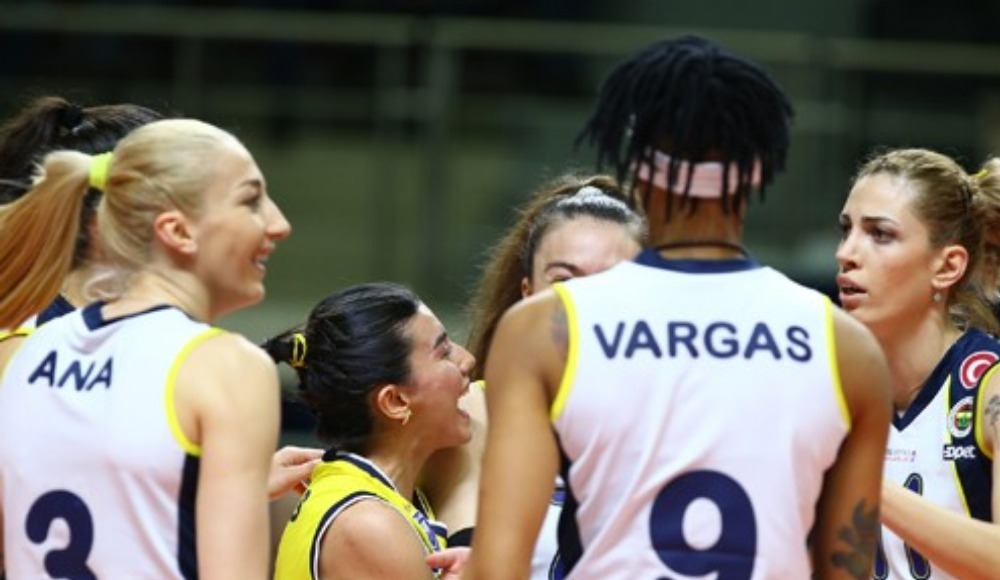 Fenerbahçe Opet seride 1-0 öne geçti