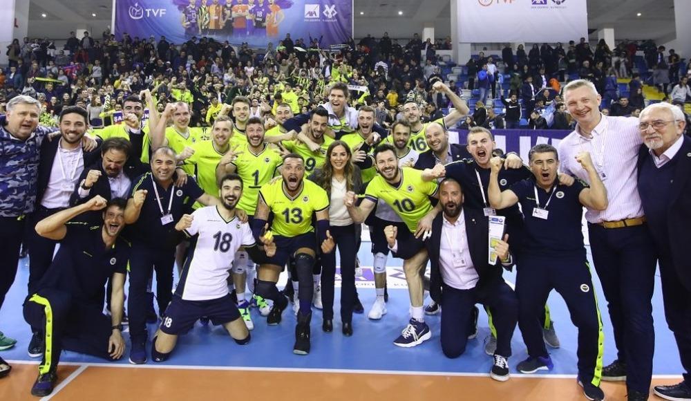 Fenerbahçe, Halkbank'ı 3-1 yendi