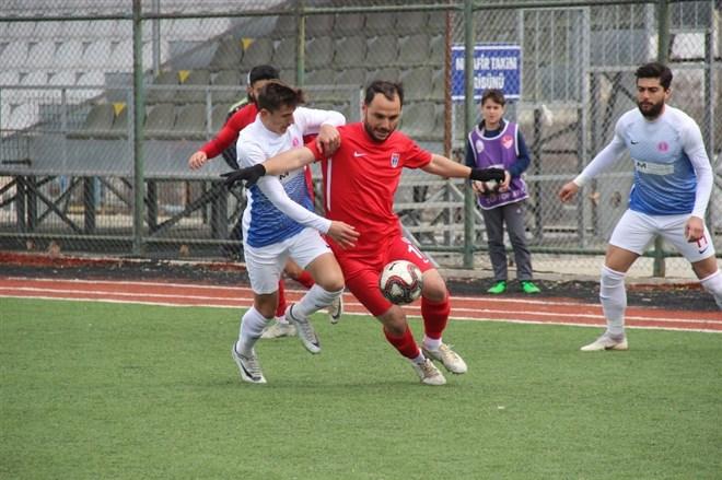 Elaziz Belediyespor, sahasında Bergama Belediyespor'u 4-1 mağlup etti