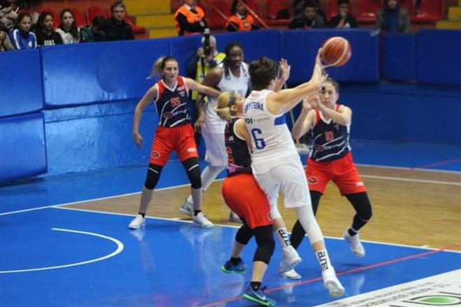 Hatay Büyükşehir Belediyespor, sahasında Gündoğdu Adana Basketbol'u yendi