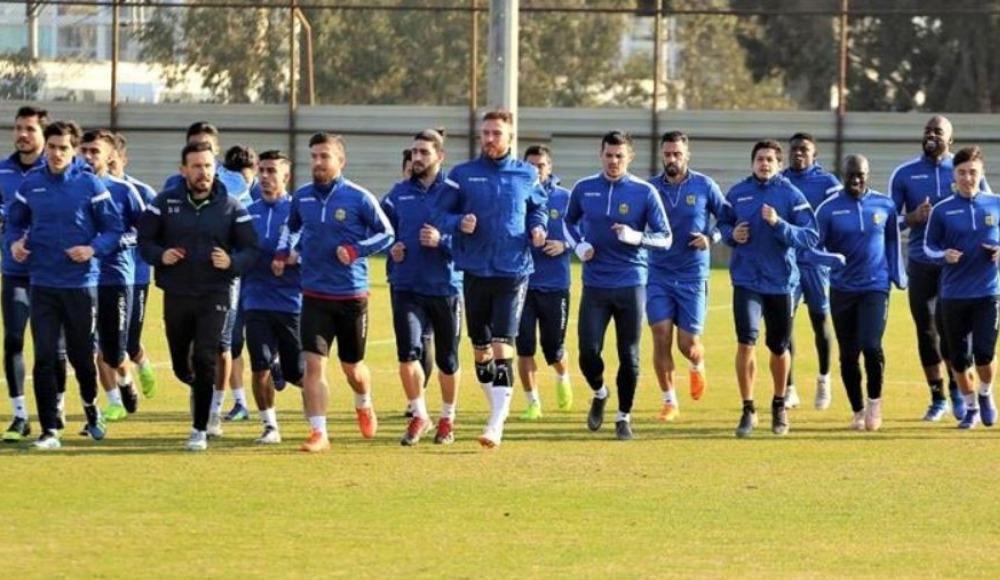 Yeni Malatyaspor'da Antalya kampı başladı
