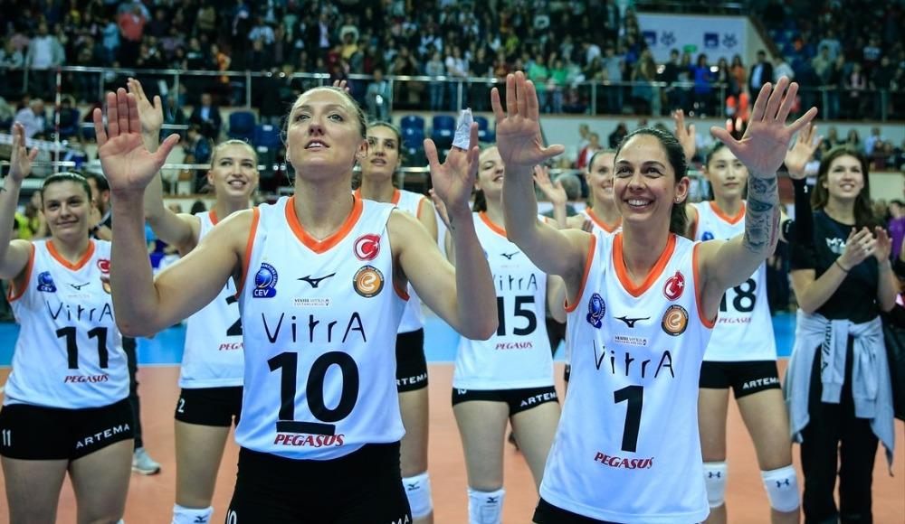 Kadınlar Kupa Voley'de ilk finalist Eczacıbaşı Vitra