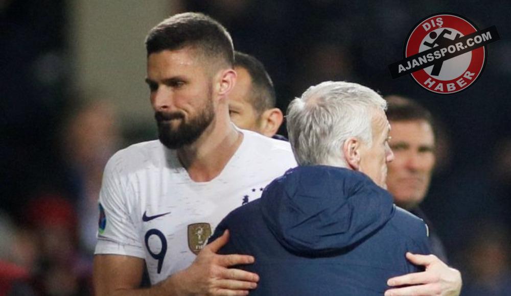 """Didier Deschamps: """"Olivier Giroud, Chelsea'de kalmak istiyor"""""""