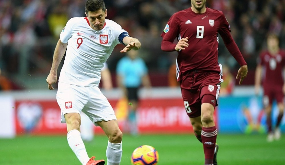 Polonya, Letonya'yı 2-0 mağlup etti