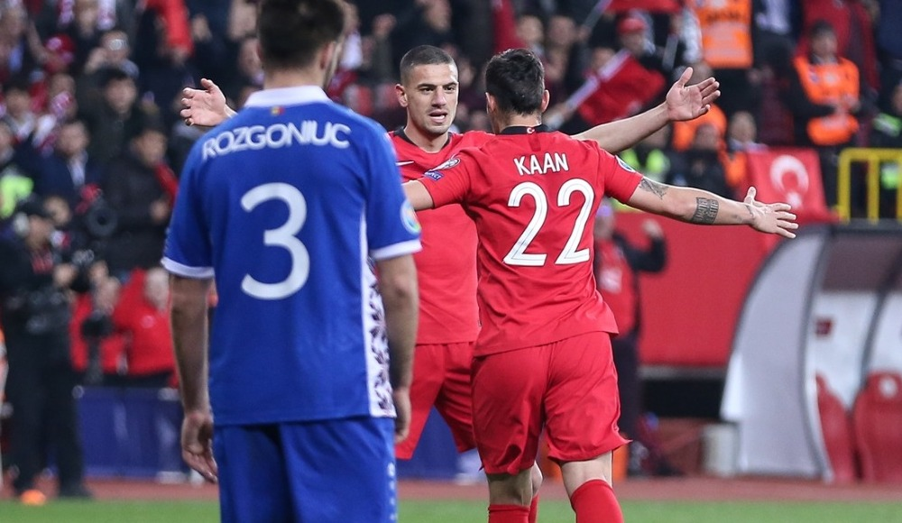Kaan Ayhan milli formayla ilk golünü attı