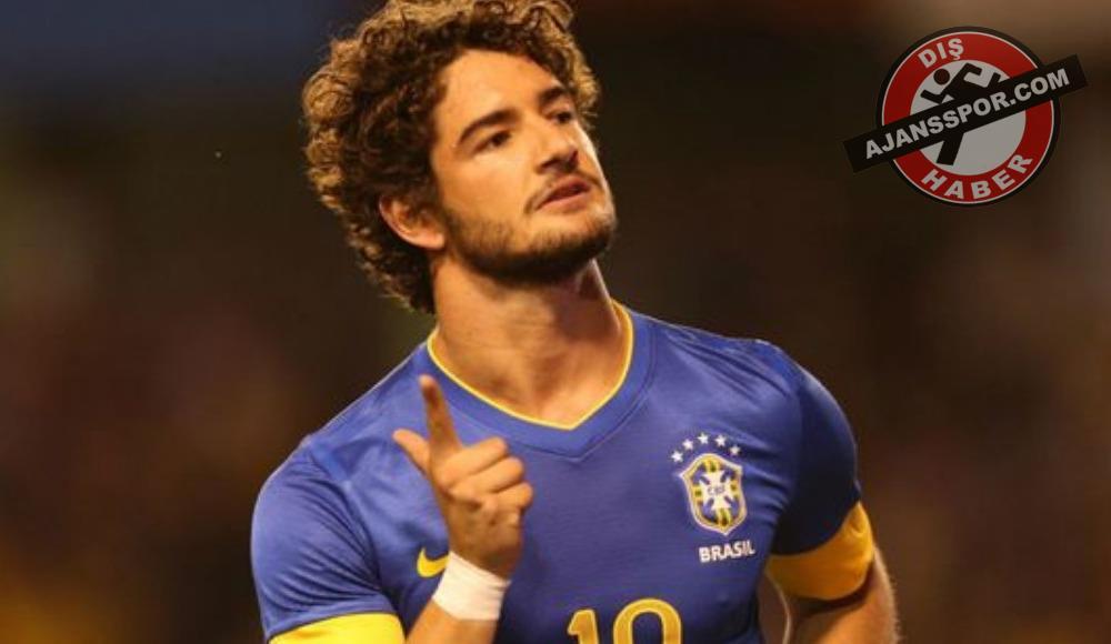 Sao Paulo ve Palmeiras, Alexandre Pato için yarışıyor!