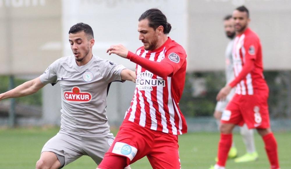 Antalyaspor, hazırlık maçında Çaykur Rizespor'u 3- 1 mağlup etti