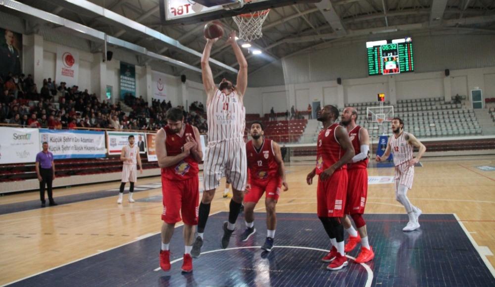 Finalspor Semt77 Yalova Belediyespor'u 87-83 mağlup etti