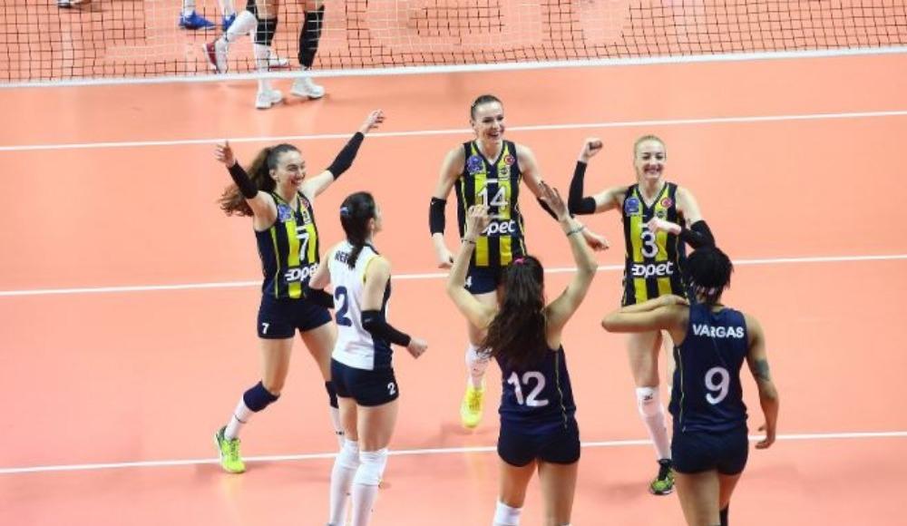 Fenerbahçe Opet evinde THY karşısında 3-0 kazandı