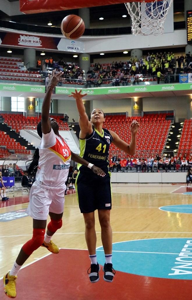 Fenerbahçe, deplasmanda Bellona Kayseri Basketbol'u 76-58 yendi