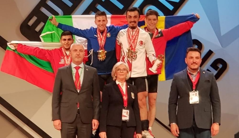 Halterde Muammer Şahin'den 1 gümüş, 2 bronz madalya