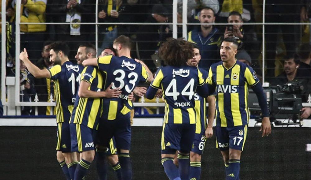 """""""Fenerbahçe'de yardımlaşma havasını görmeye başladım"""""""
