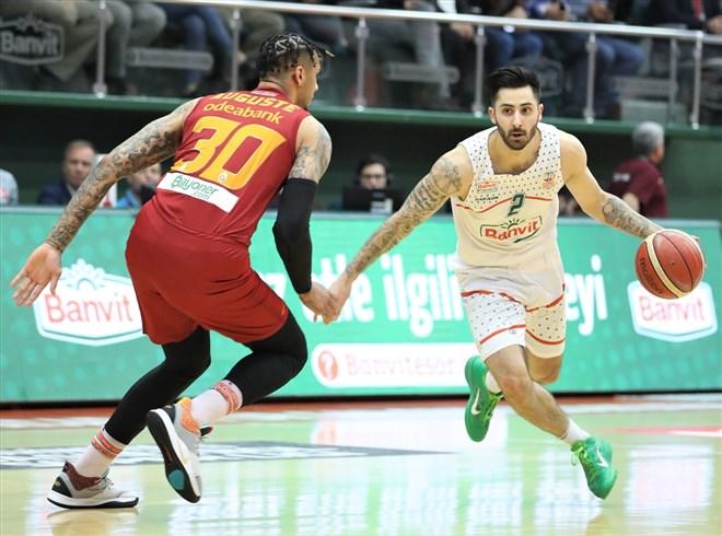Galatasaray Doğa Sigorta, deplasmanda Banvit'i 75-80 mağlup etti