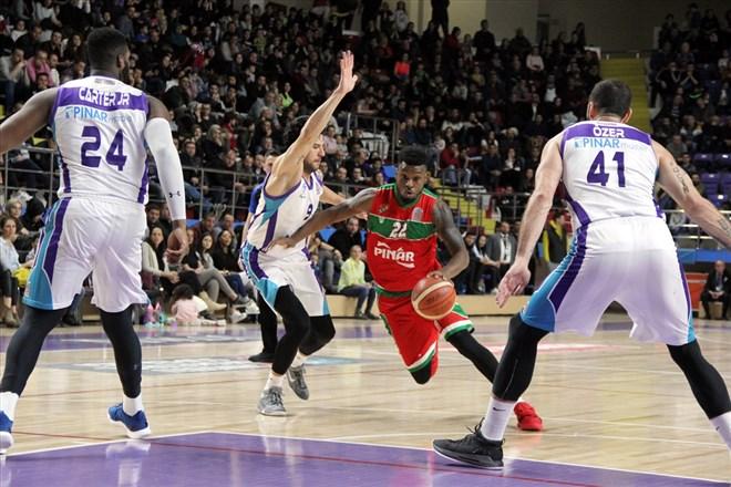 Afyon Belediyespor, Pınar Karşıyaka'yı mağlup etti