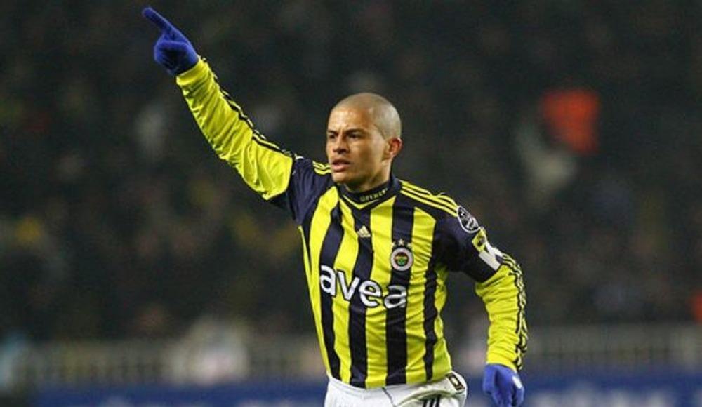Derbilerde en golcü oyuncu Alex de Souza