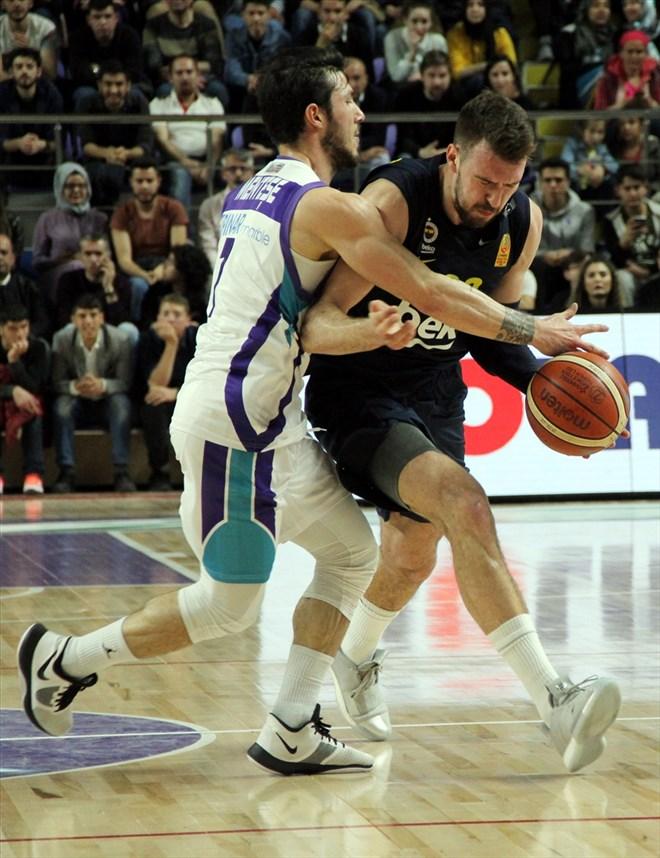 Fenerbahçe Beko, Afyon Belediyespor'u farklı mağlup etti