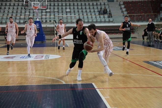 Semt77 Yalova Belediyespor, Düzce Belediyesi'ne 91-80 mağlup oldu
