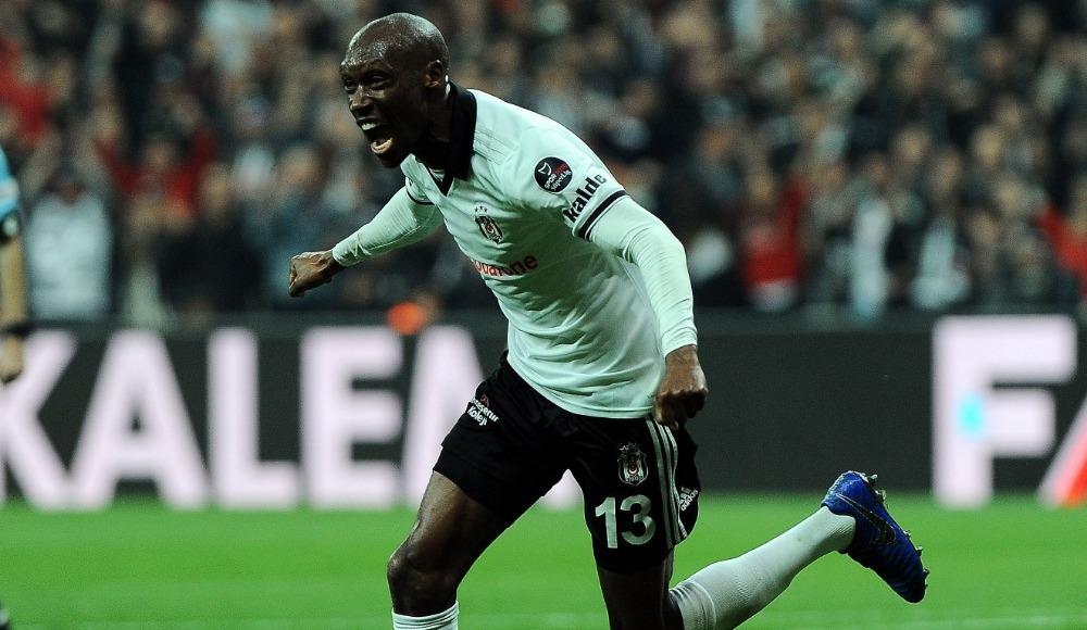 Gelecek sezon Beşiktaş'ta kalacak mı? Açıkladı...