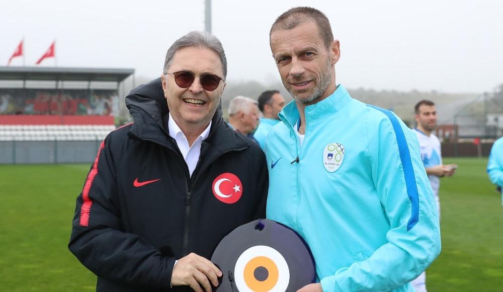 """Hüsnü Güreli: """"Sporda sevgi, birlik ve beraberlik ruhunu kaybetmeden demeçlerimizi verelim"""""""