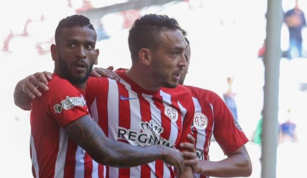 Mevlüt Erdinç, Antalyaspor'da kalacak mı?