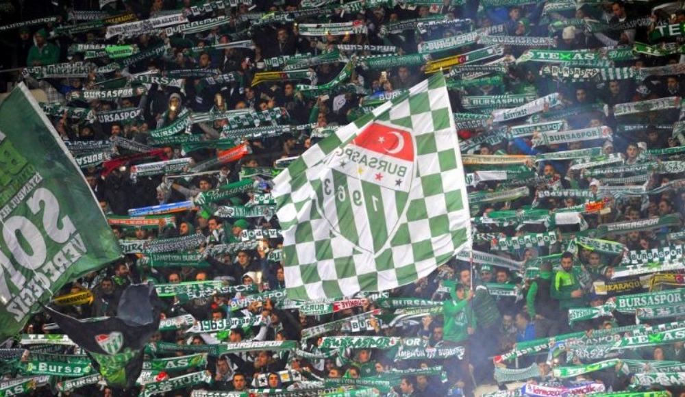 Bursaspor taraftarları maça akın etti