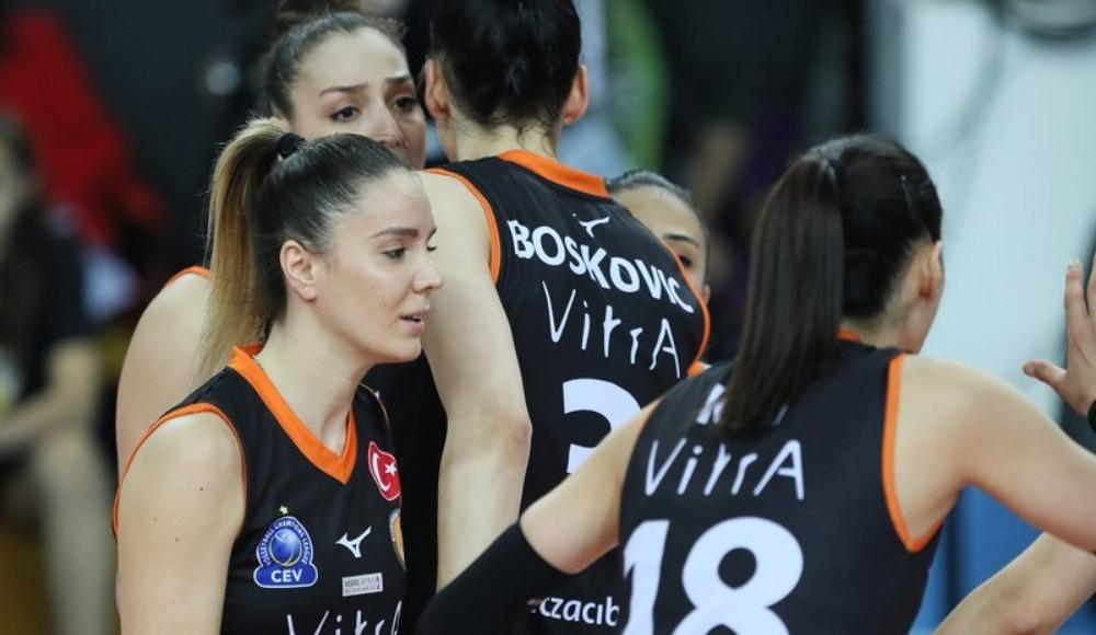 Eczacıbaşı VitrA, VakıfBank'ı 3-2 yenerek seride durumu 1-0 yaptı