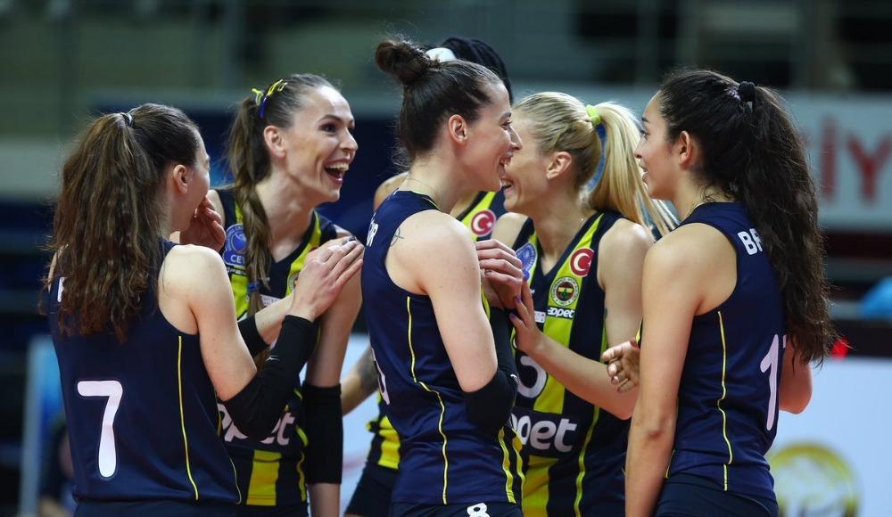 Fenerbahçe Opet ligi üçüncü bitirdi!