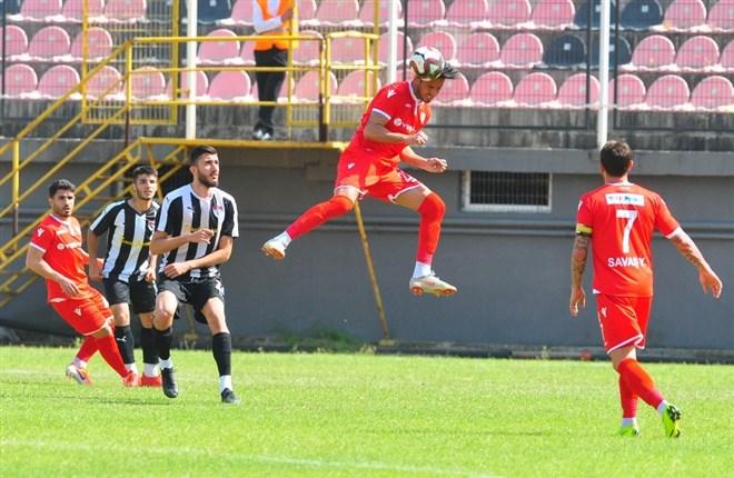 Manisaspor sahasında ağırladığı Yılport Samsunspor'a 2-1 mağlup oldu