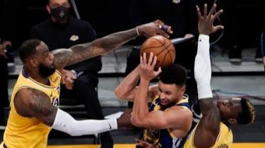 Lakers'ın serisine Warriors son verdi