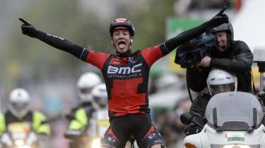 Tour de Romandie'de kazanan BMC'den Stefan Küng!