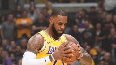 Lakers'a LeBron da yetmedi! Dibe vuruş!